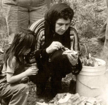 Rose Purser with her granddaughter at a clambake.